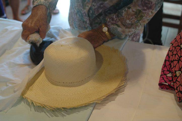 Artisanat chapeaux de paille à St Barth